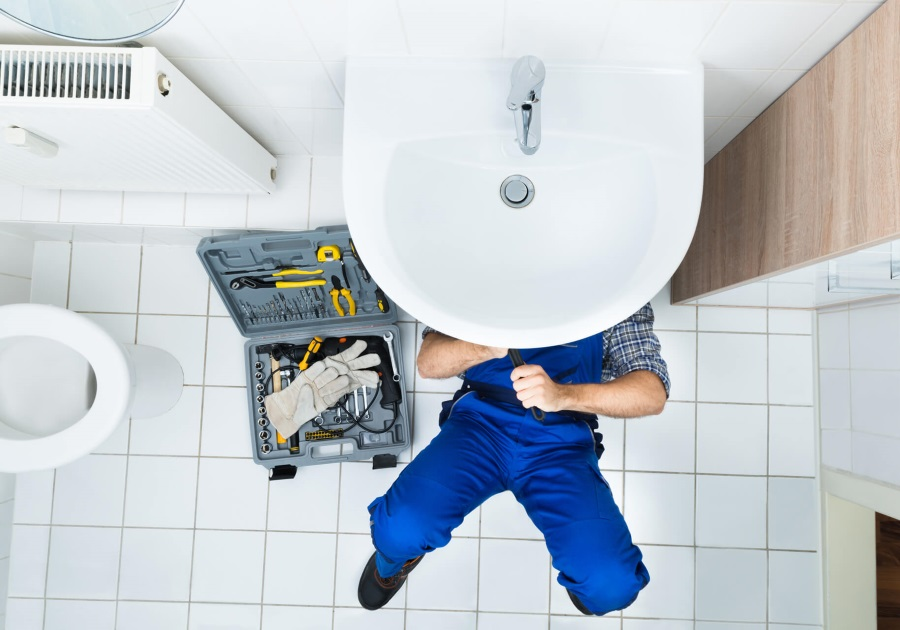 PLUMBING & HEATING BY KIRK CONTRACTS
